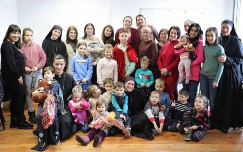 Вірні Стрийської єпархії провели у Брюховичах Табір матері та дитини